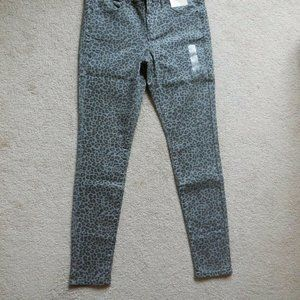 SO Low Rise Leopard Stretch Twill Jeggings 11 Gray